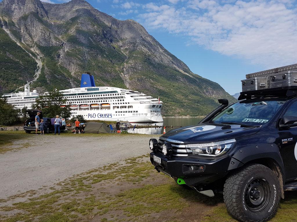 Norwegen Eidfjord Kreuzfahrtschiff overland Travel Camping #ProjektBlackwolf Skandinavien wolf78  explore without no limits roadtrip offroad Overlandingnomads Overlandbound wolf78-overland.ch
