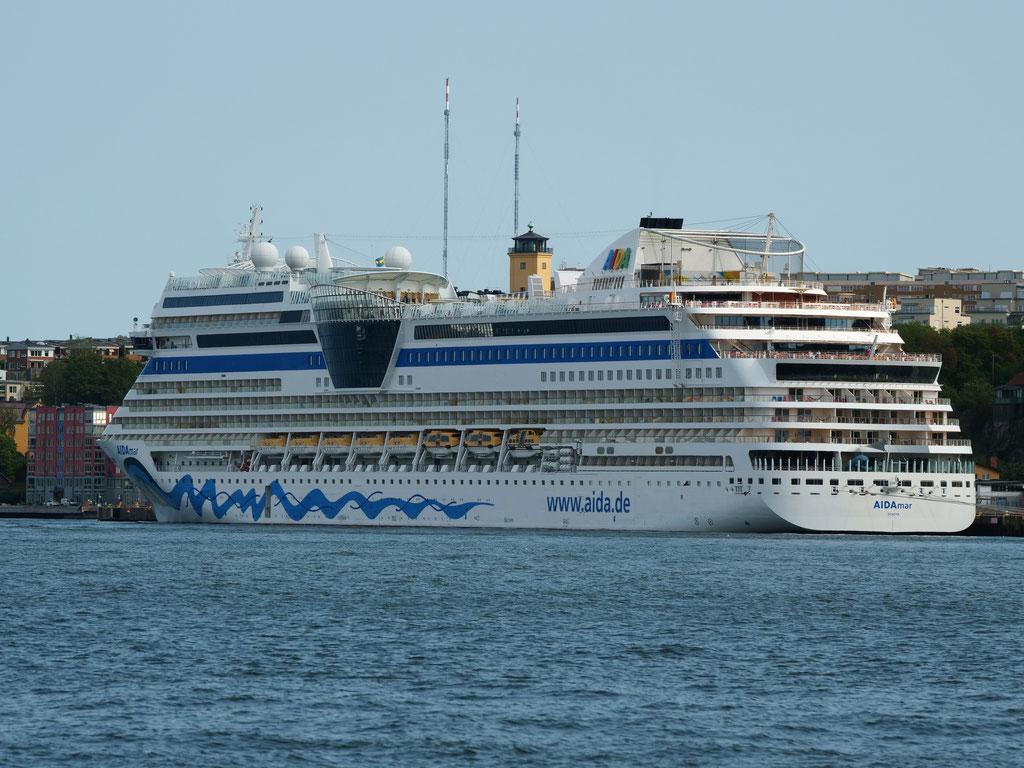 Aida Kreuzfahrtsschiff Hafen Stockholm Schweden Skandinavien #NordkappUndZurück #Driveyourownway #explorewithoutnoimits wolf78-overland