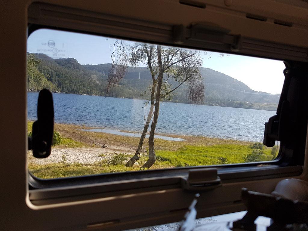 Norwegen Landscape See overland Travel Camping #ProjektBlackwolf Skandinavien wolf78  explore without no limits roadtrip offroad Overlandingnomads Overlandbound wolf78-overland.ch
