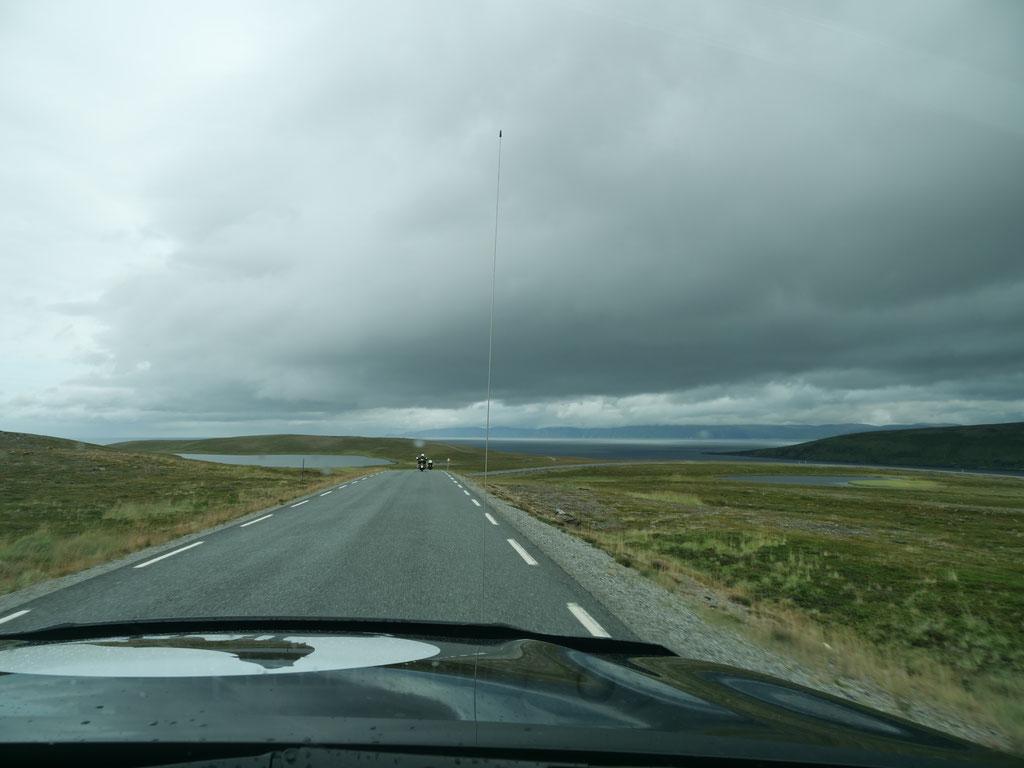 Strasse zum Nordkapp Norwegen Atlantik Fjord Skandinavien wolf78 vanlife #ProjektBlackwolf explore without no limits roadtrip offroad overland Travel Camping #BornToRoam overlandbound Overlandingnomads Dachzeltnomaden wolf78-overland.ch