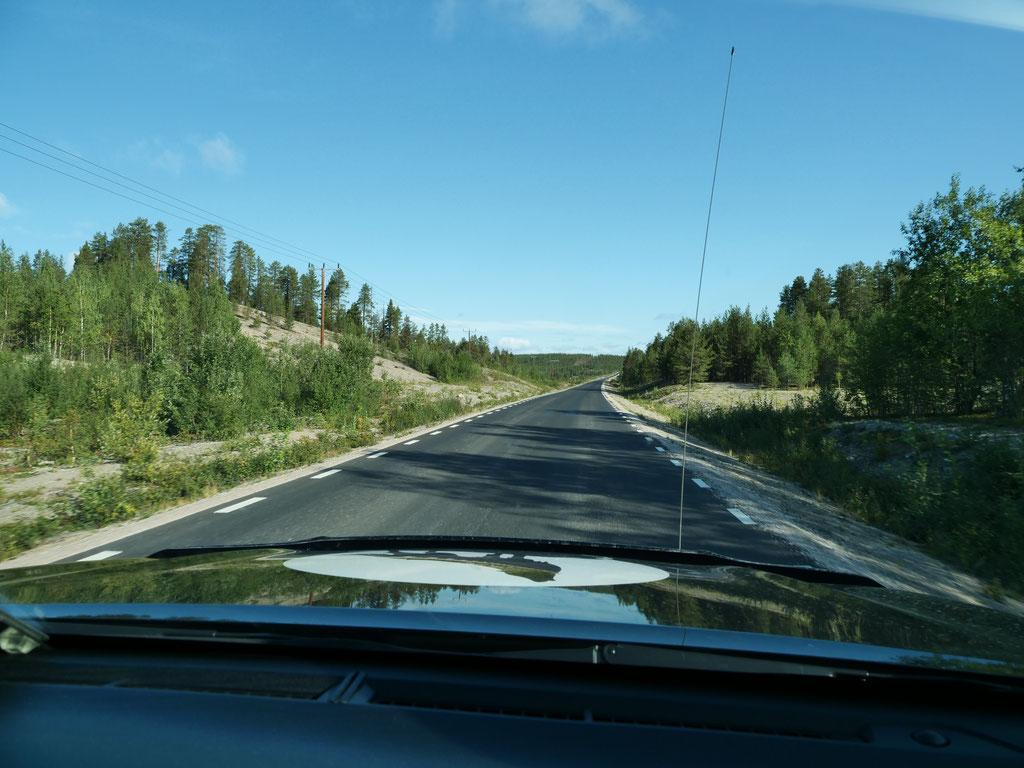 E45 Schweden Dachzelt Hilux #Projektblackwolf Skandinavien #NordkappUndZurück #Driveyourownway #explorewithoutnoimits wolf78-overland