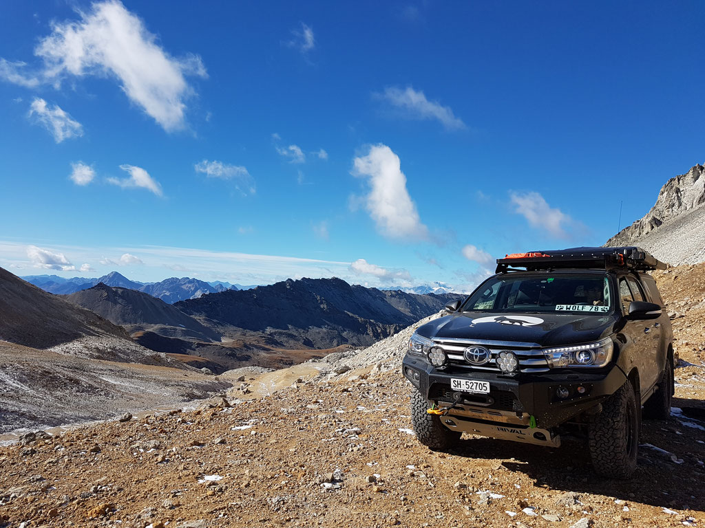 Westalpen Colle Sommeiler Italien Frankreich Alpen Toyota Hilux Revo 2016 2017 #ProjektBlackwolf offroad overland expedition Alu-cab AFN 4X4 ARB Frontrunner Outfitters Rival James Baroud Discovery bfgoodrich TJM wolf78-overland.ch off road accessoires