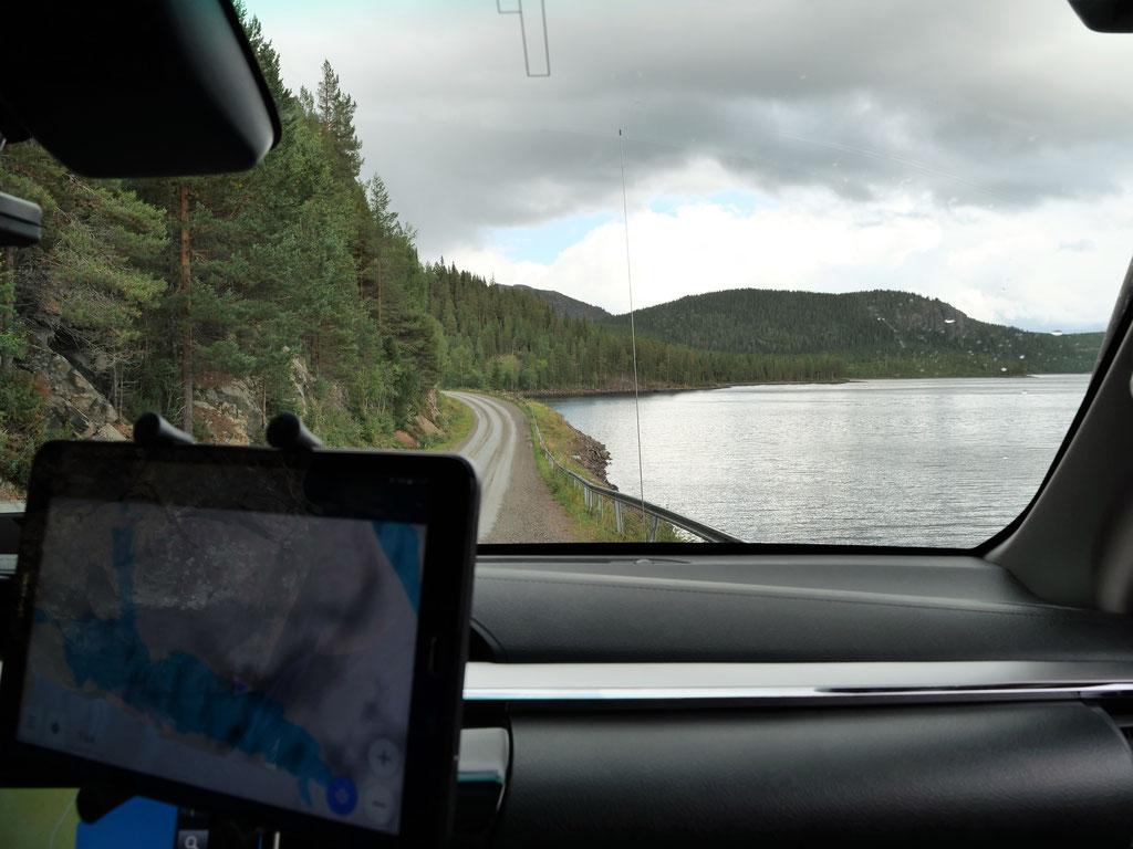Schweden vildmarksvägen See Skandinavien wolf78 #ProjektBlackwolf explore without no limits roadtrip offroad overland Travel Camping Overlandingnomads Dachzeltnomaden wolf78-overland.ch