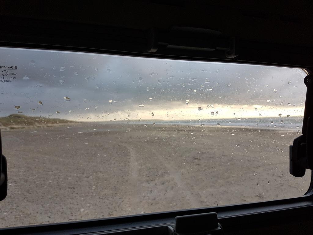 Dänemark Pickup-camper Strand befahrbar Toyota Hilux Arctic Trucks Skandinavien #ProjektBlackwolf wolf78 explore without no limits offroad overland Travel Camping 4x4 AFN4x4 frontrunneroutfitters #BornToRoam Rival4x4 wolf78-overland.ch
