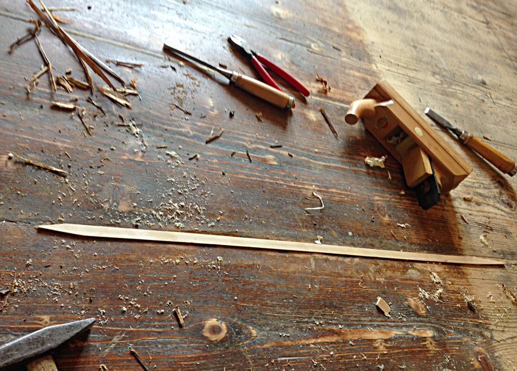 Fußboden während der Restaurierung, ausspanen, ausleimen und teilweise wurde neues Holz eingesetzt