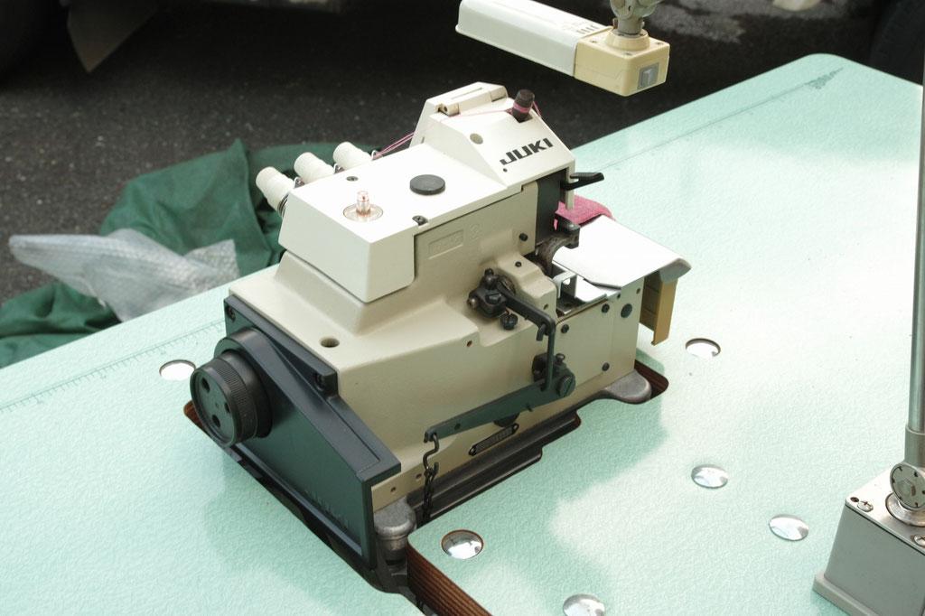 JUKI 中古オーバーロックミシン MO-2304 中古ロックミシン