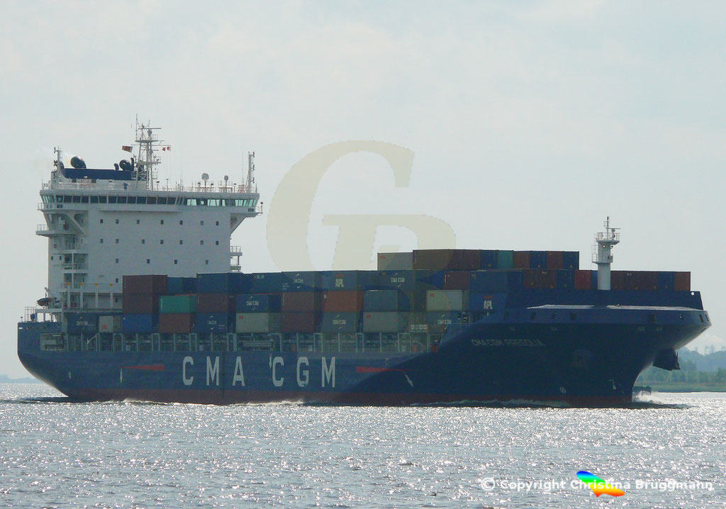 Container-Feeder CMA CGM PREGOLIA, Elbe 10.09.2018,  BILD 2