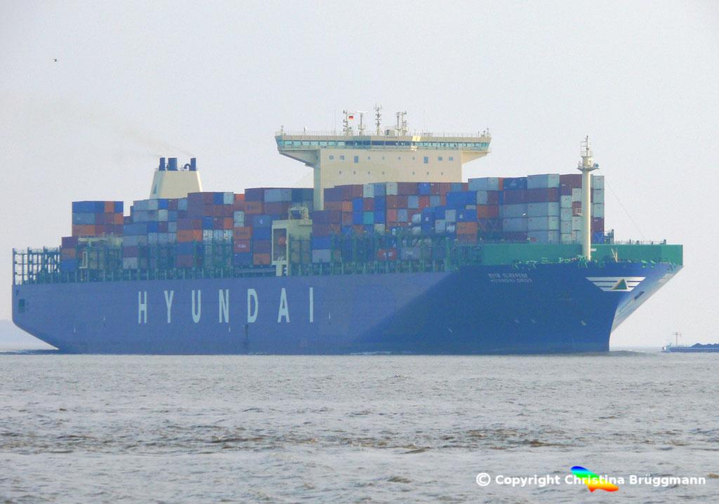 "Containerschiff ""HYUNDAI DRIVE"", Elbe 23.03.2015, BILD 1"