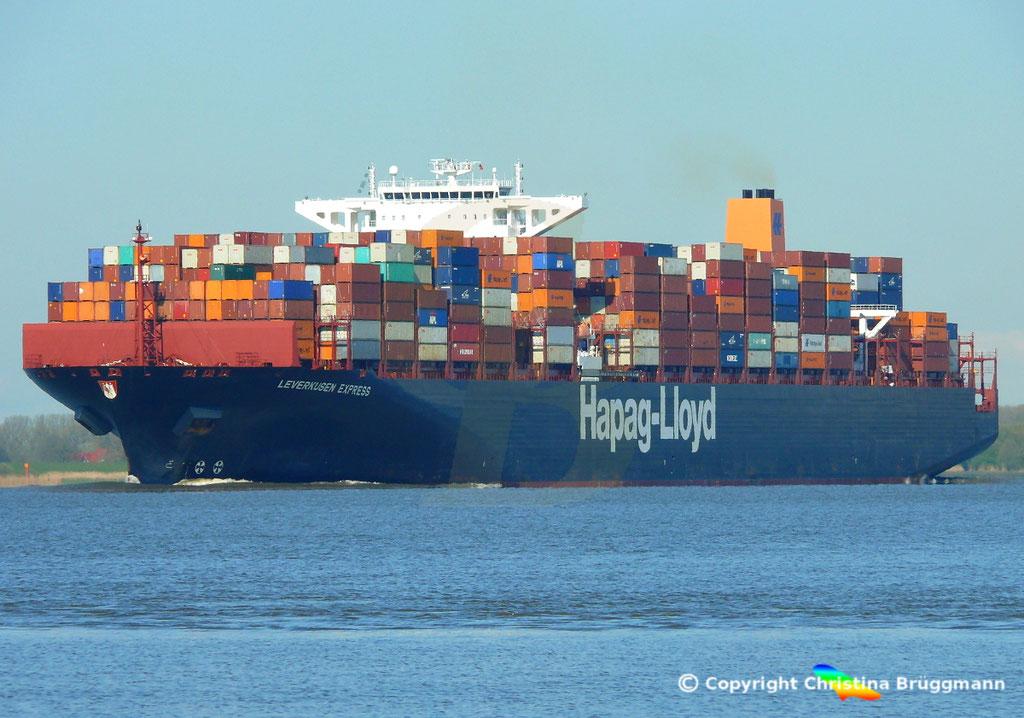Containerschiff LEVERKUSEN EXPRESS, Elbe 19.04.2017 / BILD 2