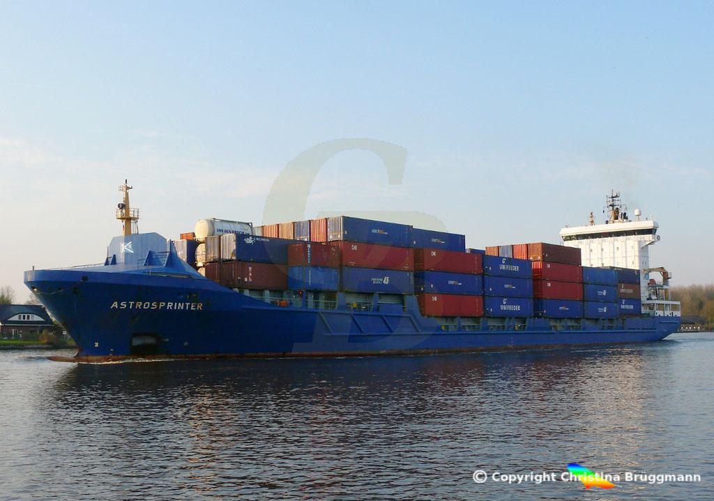 Containerschiff ASTROSPRINTER, NOK 07.04.2019,  BILD 4