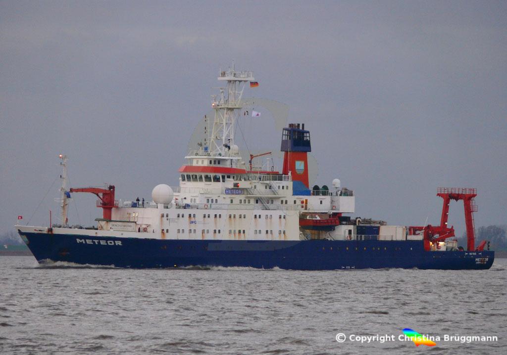 Forschungsschiff METEOR, Elbe 13.11.2018,  BILD 3