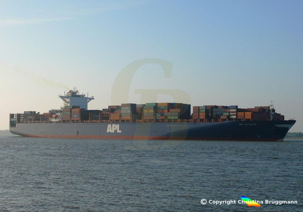 Containerschiff APL LE HAVRE, Elbe 05.10.2018,  BILD 3