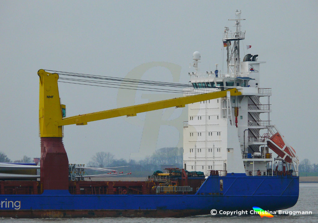 Schwergutfrachter BBC POLONIA, Elbe 06.03.2019,  BILD 8