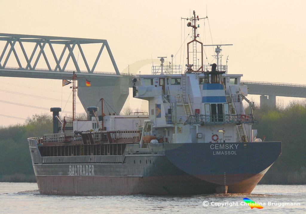 Zementfrachter CEMSKY, Nord-Ostsee-Kanal, 07.04.2029,   BILD 5