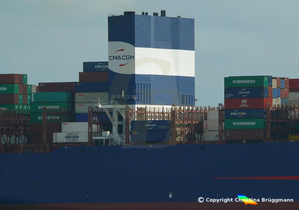 Containerschiff APL LION CITY, Scrubber,Elbe 06.07.2019,  BILD 5