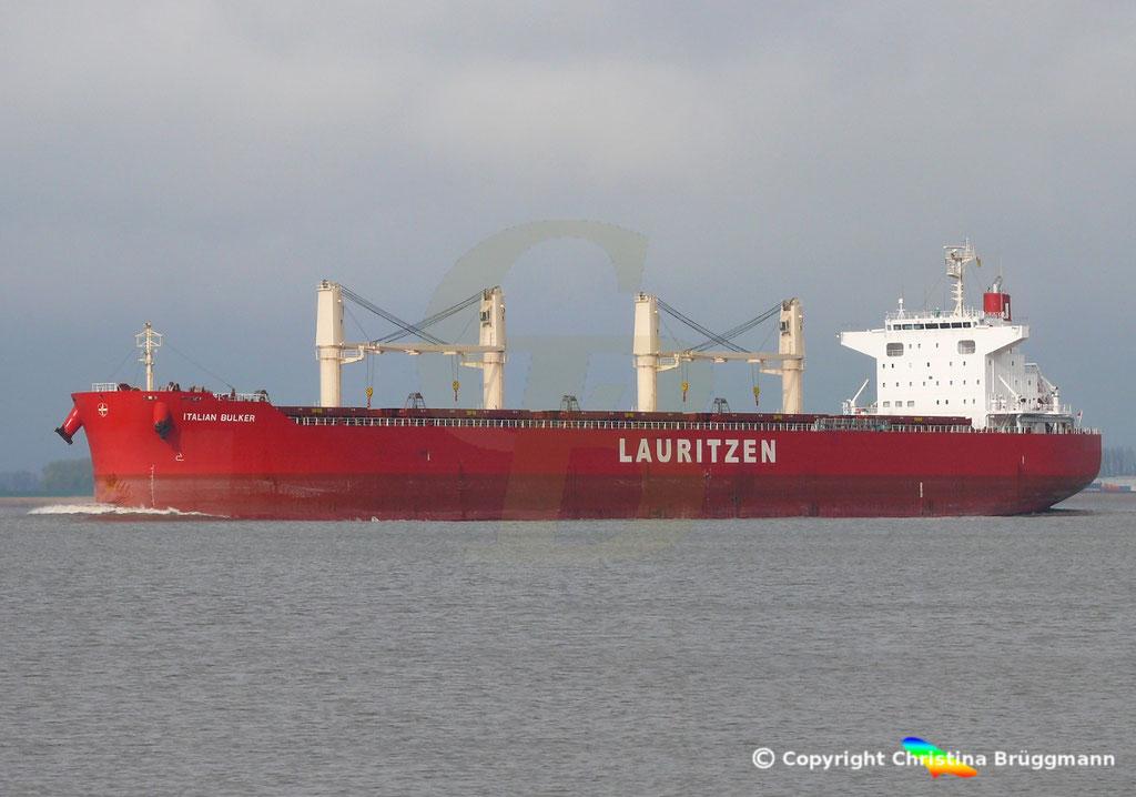Bulk Carrier ITALIAN BULKER, Elbe 13.04.2019,  BILD 3
