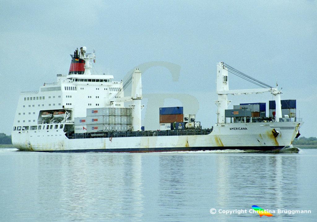 Container- / Passagierschiff AMERICANA, Elbe 2002,  BILD 2