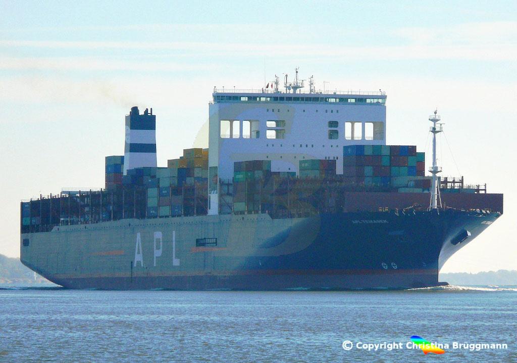 Containerschiff APL TEMASEK, Elbe 03.11.2018, BILD 3