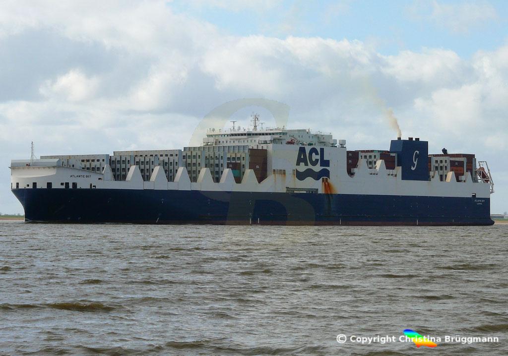 Con-Ro Frachter ATLANTIC SKY; Elbe 19.03.2019,  BILD 3