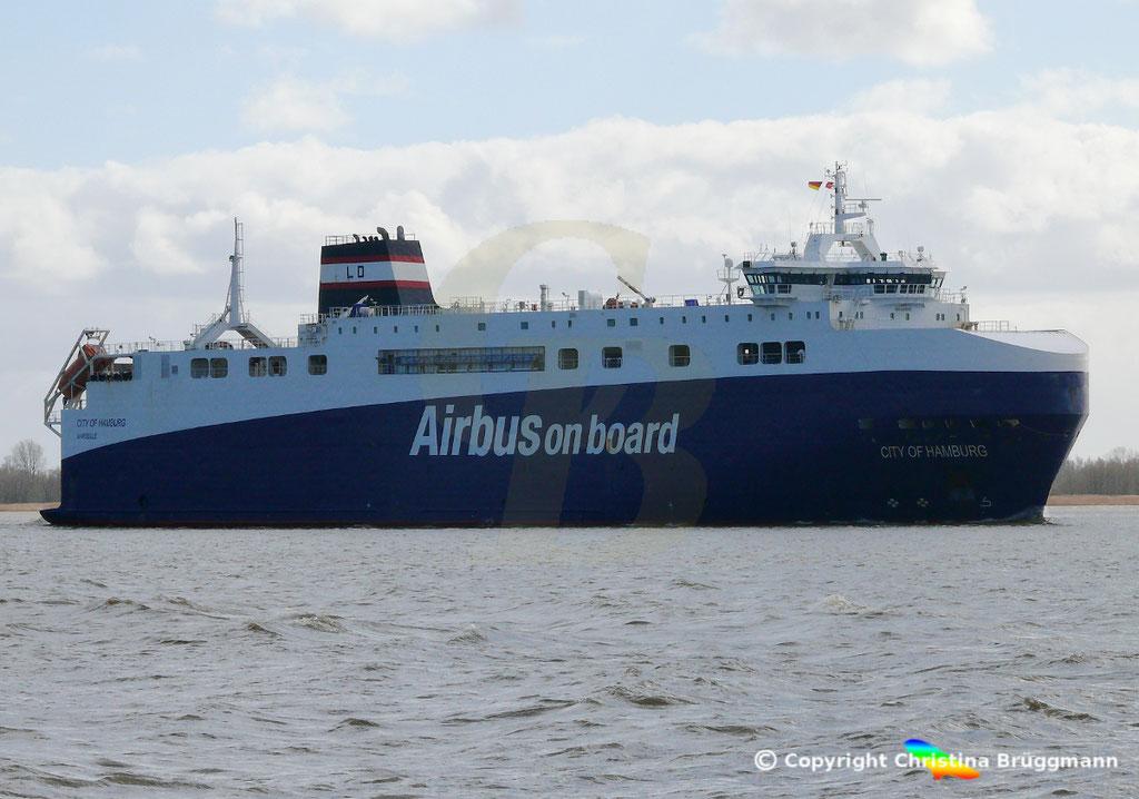 High Heavy Vehicle_ Ro-Ro Carrier CITY OF HAMBURG, Elbe 19.03.2019, Bild 6