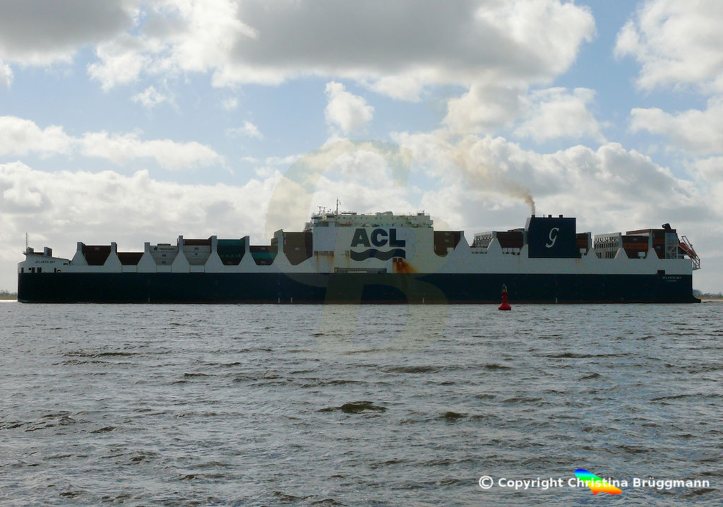 Con-Ro Frachter ATLANTIC SKY; Elbe 19.03.2019,  BILD 5