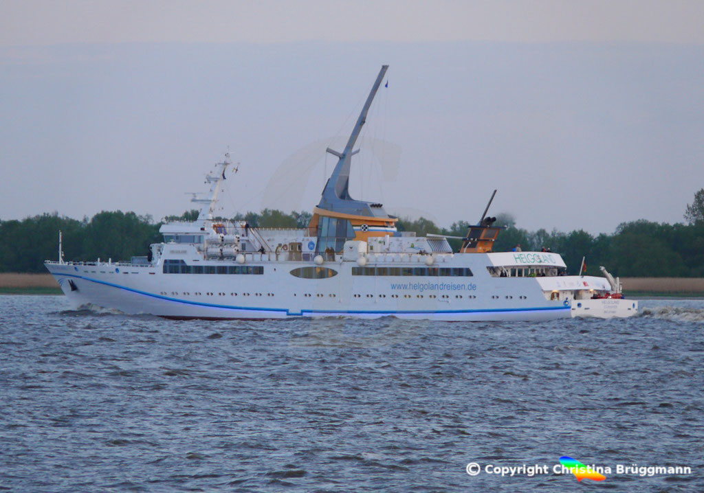Seebäderschiff HELGOLAND, Elbe 05.05.2019 / BILD 4