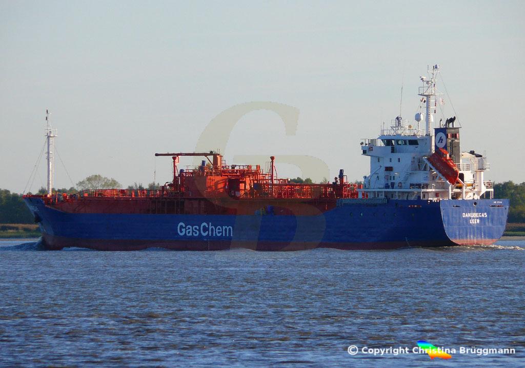 LPG Tanker DANUBEGAS, Elbe 05.10.2018,  BILD 3