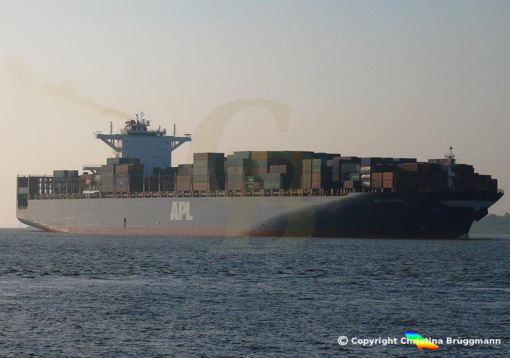 Containerschiff APL LE HAVRE, Elbe 05.10.2018,  BILD 2