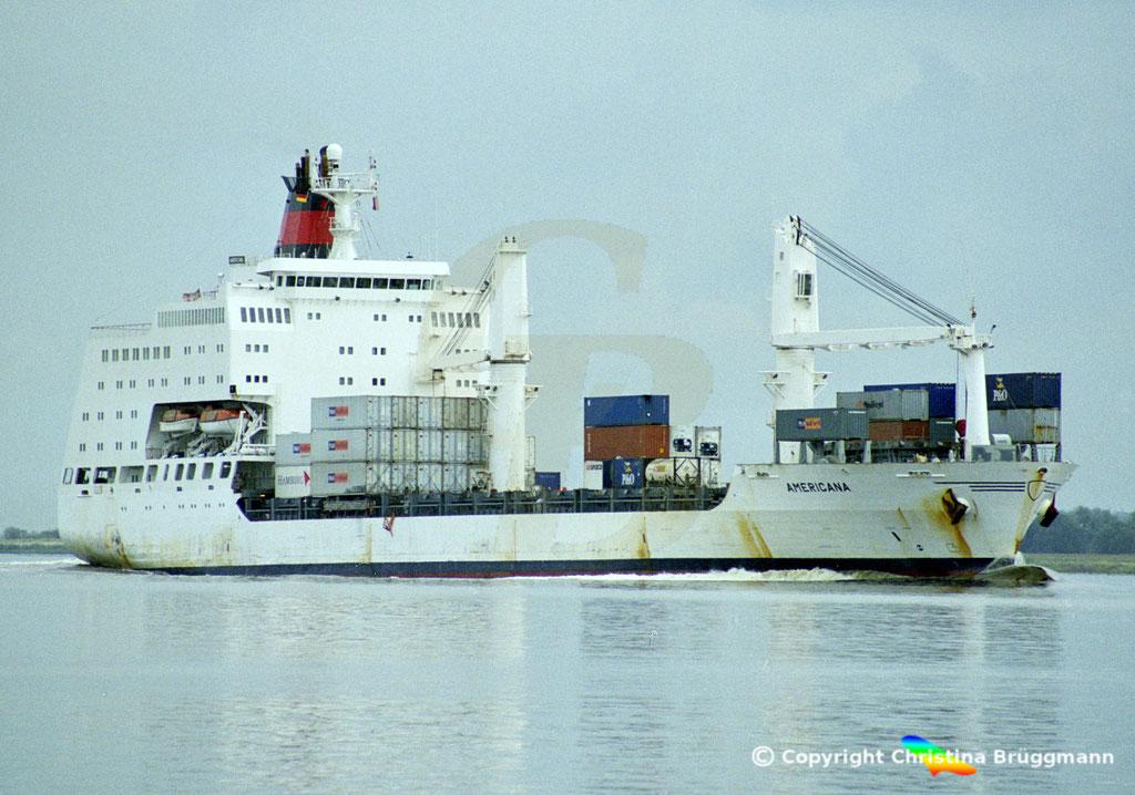 Container- / Passagierschiff AMERICANA, Elbe 2002,  BILD 1