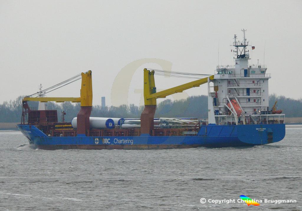 Schwergutfrachter BBC POLONIA, Elbe 06.03.2019,  BILD 6