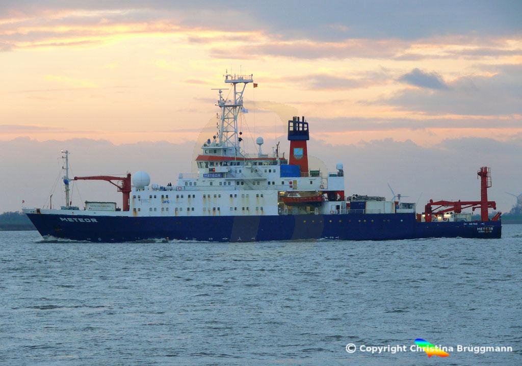 Forschungsschiff METEOR, Elbe 13.11.2018,  BILD 4