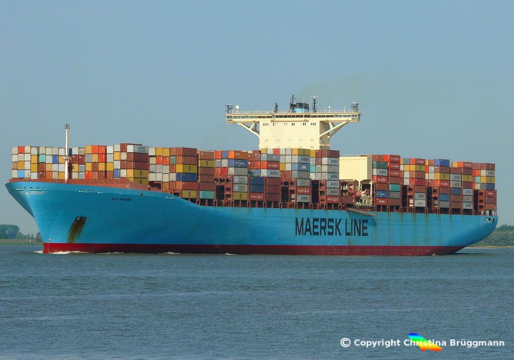 Containerschiff ELLY MAERSK, Elbe 07.08.2018,  BILD 2