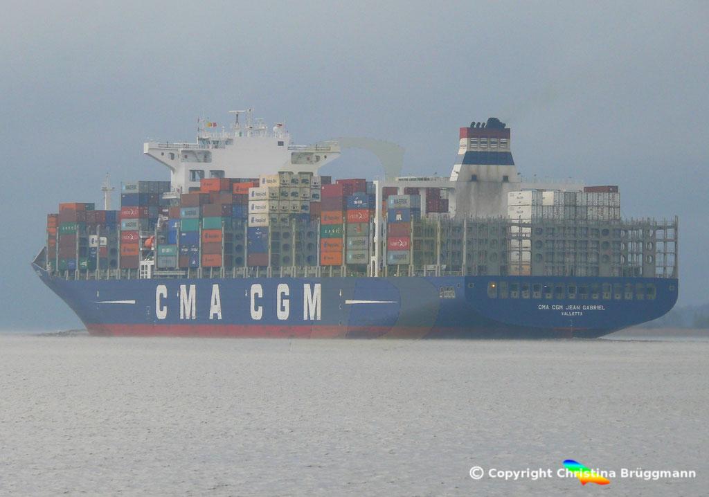 Containerschiff CMA CGM JEAN GABRIEL, Elbe 13.04.2019,  BILD 8