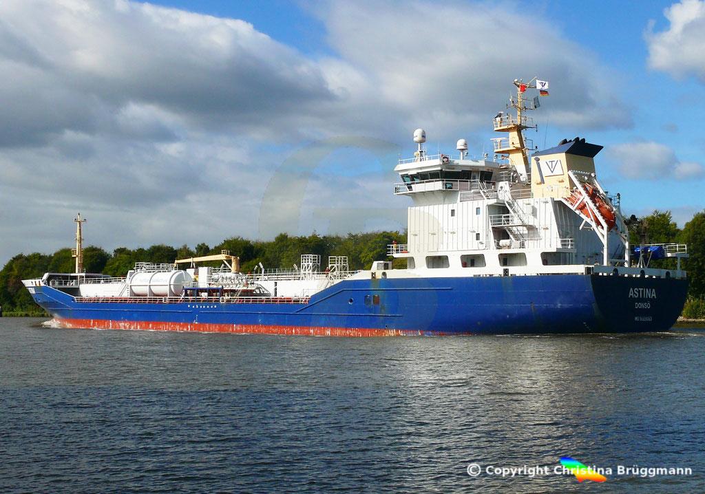 Öl- u. Chemietanker ASTINA, Nord-Ostsee Kanal25.09.2018,  BILD 5
