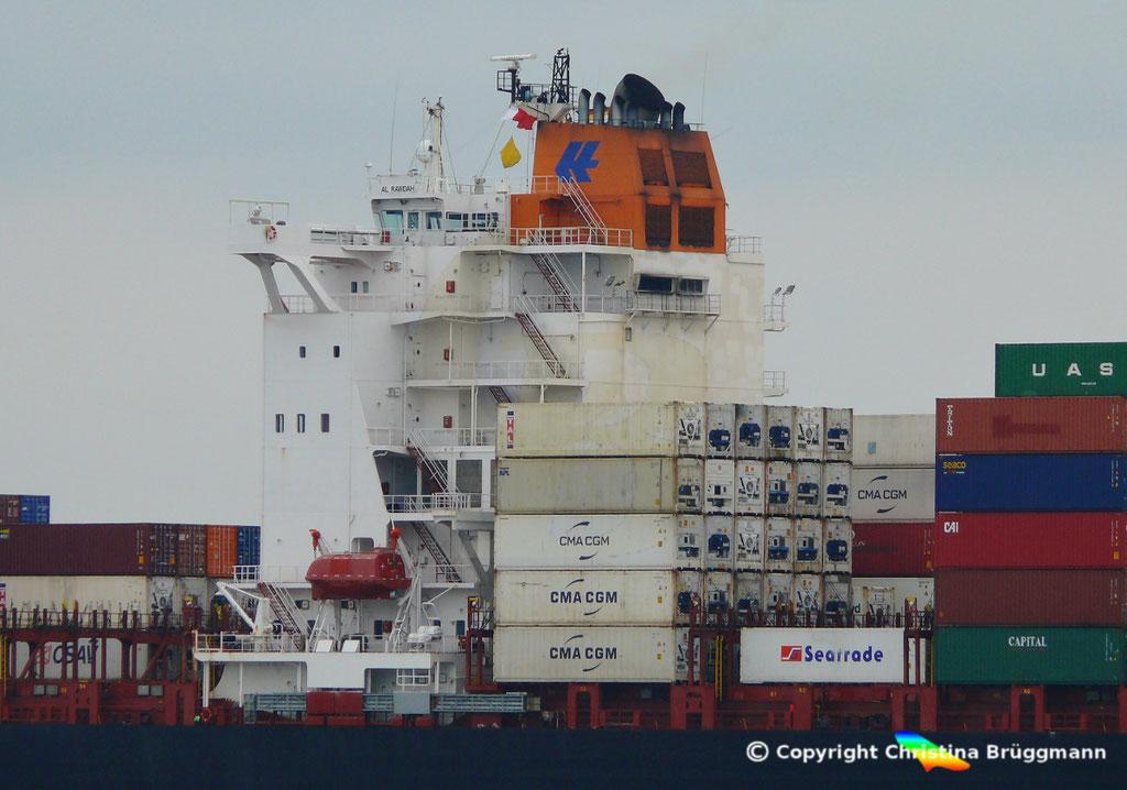 Containerschiff AL RAWDAH, Elbe 14.04.2019,  BILD 3
