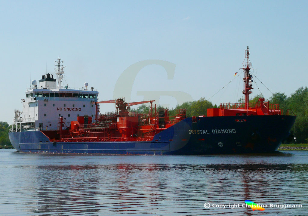 Chemie- /Öltanker CRYSTAL DIAMOND, Nord Ostsee Kanal 09.05.2018,  BILD 2