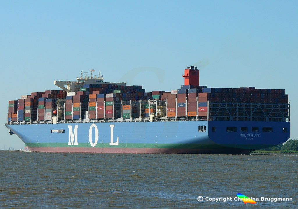 Containerschiff MOL TRIBUTE, Elbe 06.06.2018, BILD 6