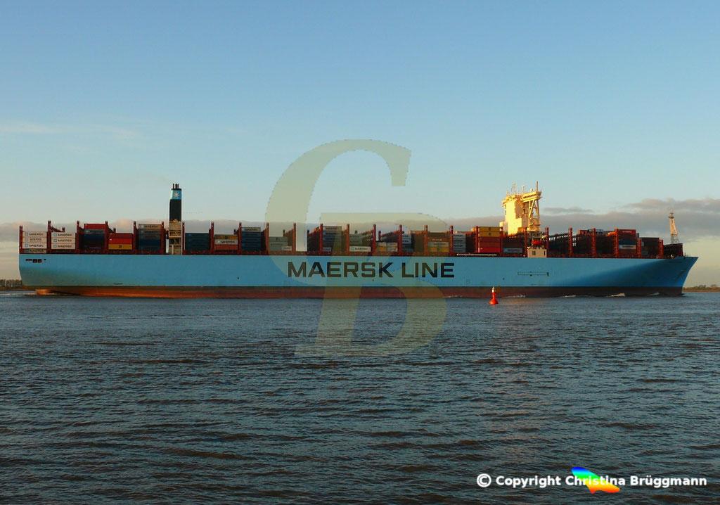Containerschiff MUNICH MAERSK, Elbe 30.10.2017, BILD 4