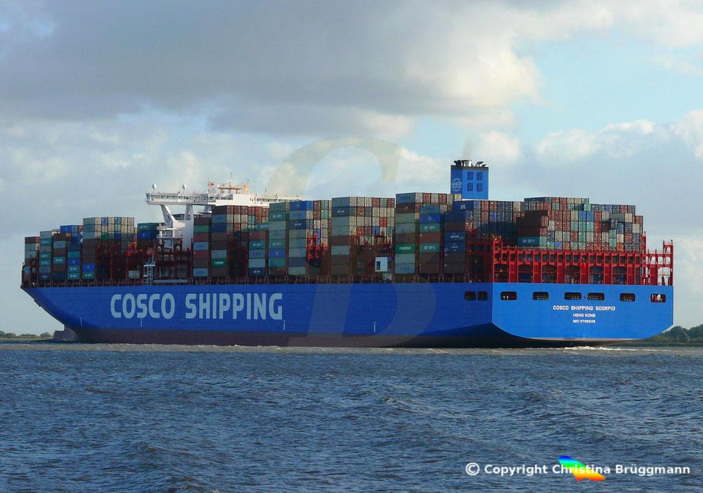 Containerschiff COSCO SHIPPING SCORPIO, Elbe 28.09.2018, BILD 4