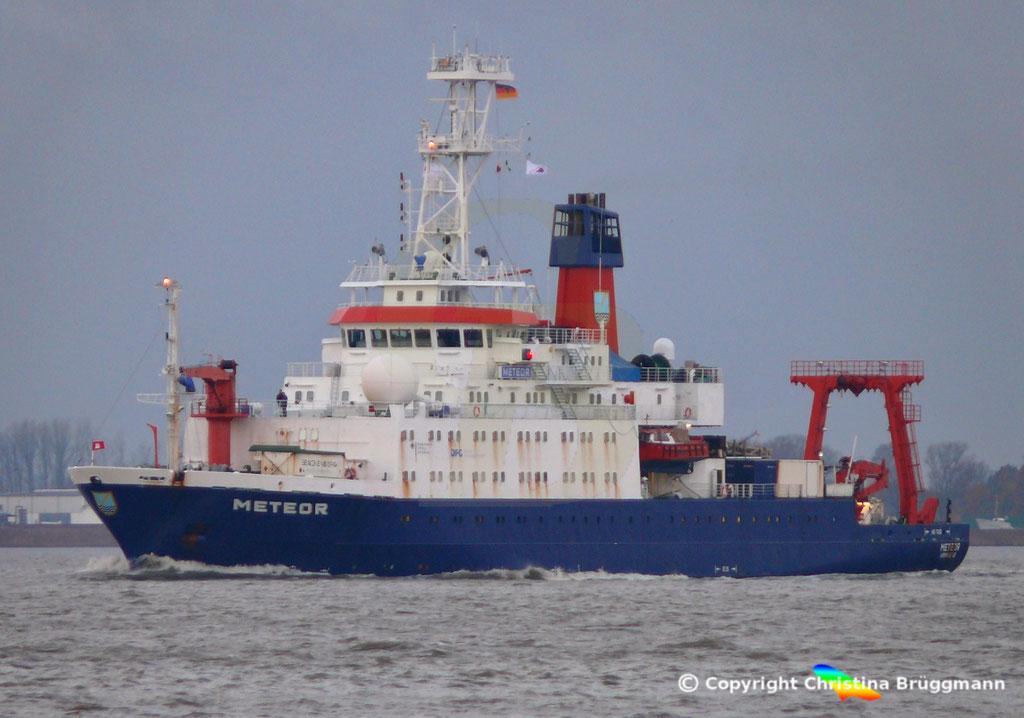 Forschungsschiff METEOR, Elbe 13.11.2018,  BILD 2