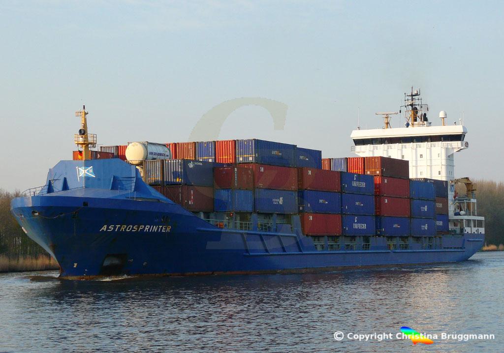 Containerschiff ASTROSPRINTER, NOK 07.04.2019,  BILD 3