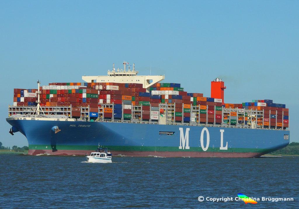 Containerschiff MOL TRIBUTE, Elbe 06.06.2018, BILD 2