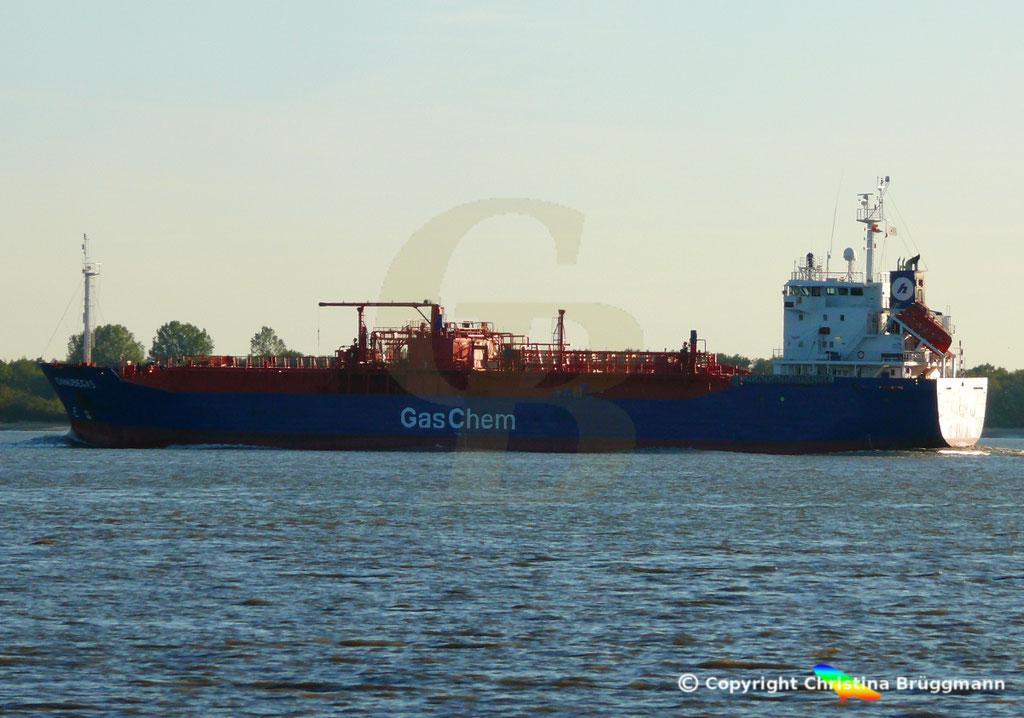 LPG Tanker DANUBEGAS, Elbe 05.10.2018,  BILD 2