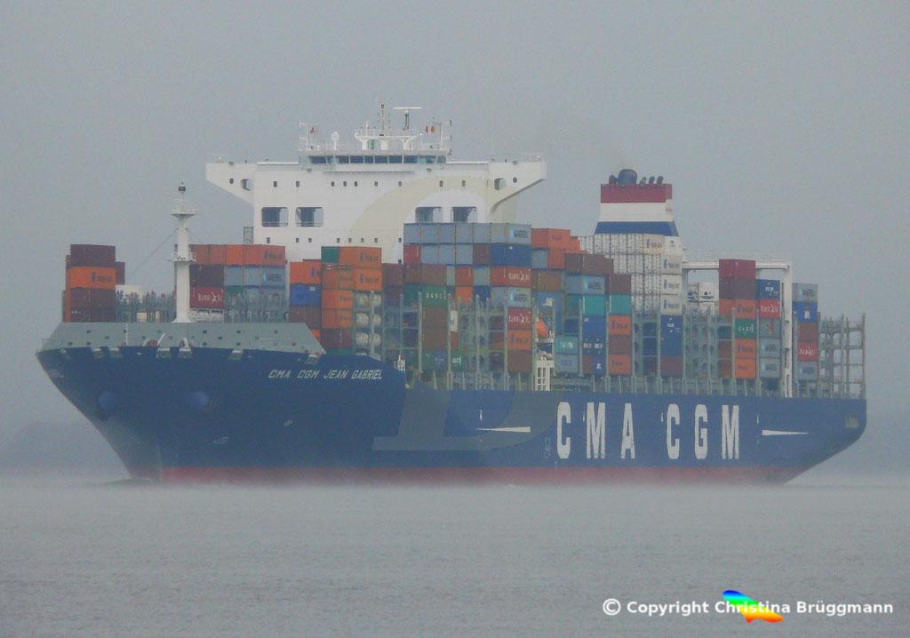 Containerschiff CMA CGM JEAN GABRIEL, Elbe 13.04.2019,  BILD 1