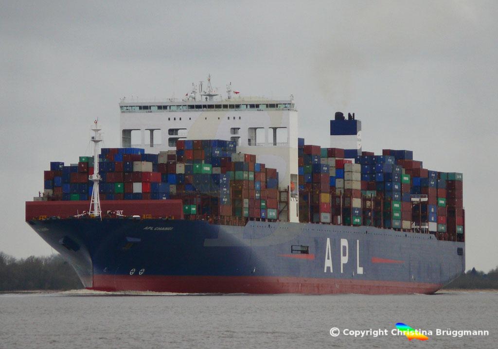 Containerschiff APL CHANGI nachn Verlängerung, Elbe 10.03.2019,  BILD 1