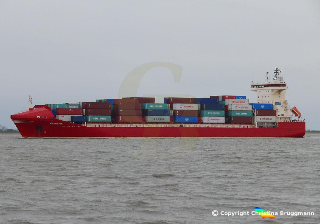 Containerschiff FREDERIK, Elbe 09.03.2019, Bild 6