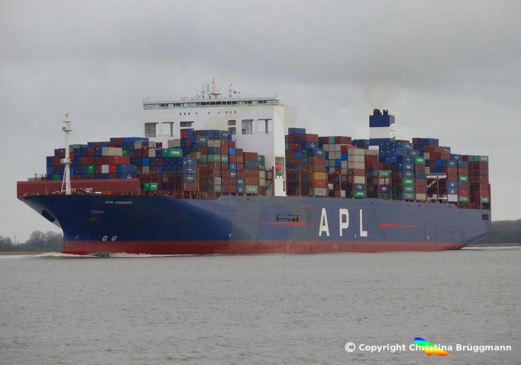 Containerschiff APL CHANGI nach Verlängerung, Elbe 10.03.2019,  BILD 2