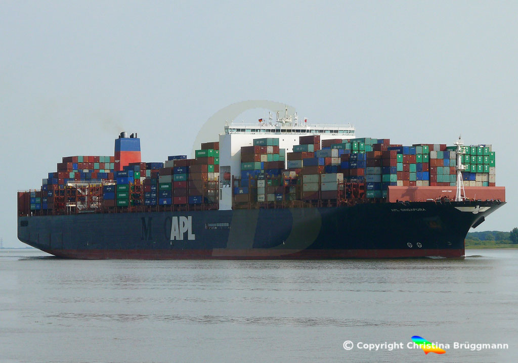 Containerschiff APL SINGAPURA, Elbe 20.07.2018,  BILD 3