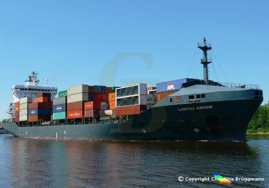 Containerschiff LANTAU ARROW, Nord-Ostsee Kanal 09.05.2018,  BILD 3