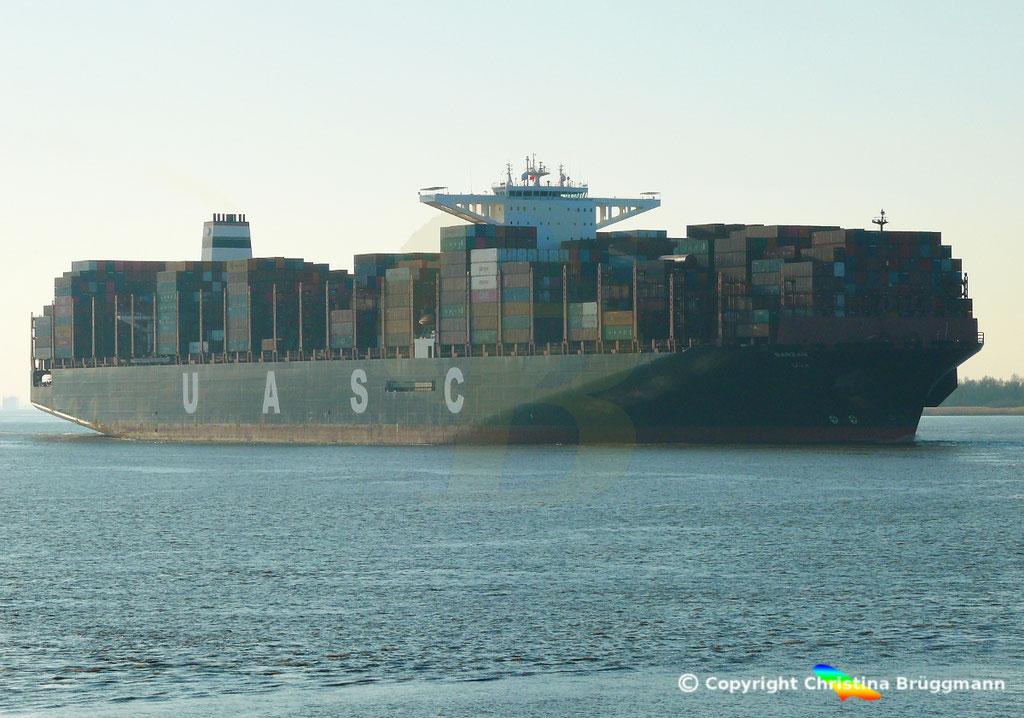 Hapag-Llloyd Containerschiff BARZAN, Elbe 16.02.2019,  BILD 2